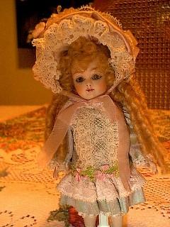 English/French Doll