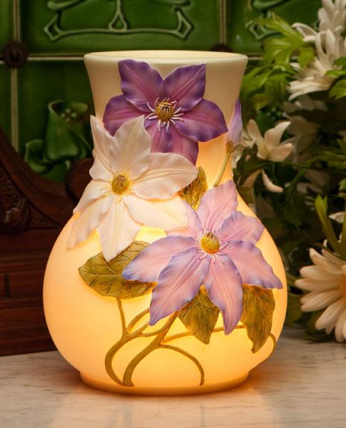 Clematis Accent Lamp