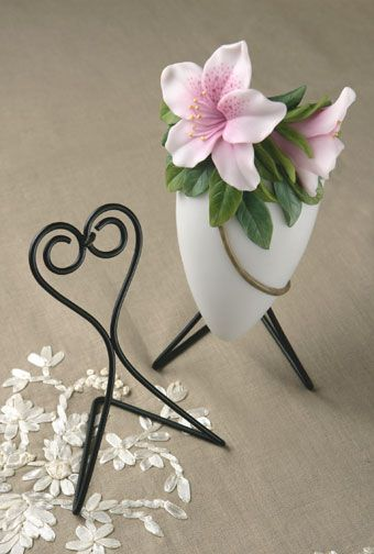 Wall Vase Stand