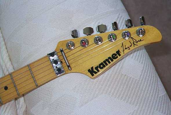 Peavey Electric Guitar Floyd Rose Tremolo Bridge Original Chrome String Saddle