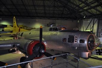 B-17G 44-8368 RAF Hendon