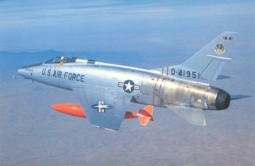 F-100C 54-1951 of the 4758th DSES cruising high above
