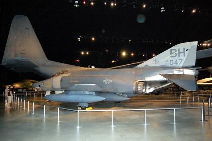 RF-4C 64-1047