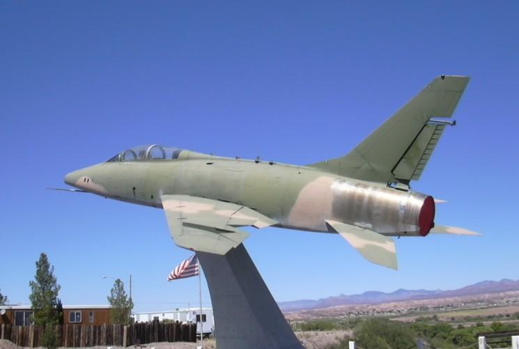 F-100F 56-3812 at Duncan AZ