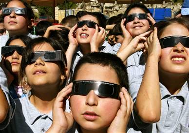 children of earth preparing to meet venus, 2004.