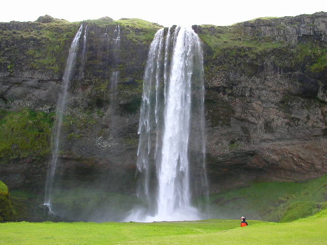 Situated about 150km from Reykjavik, the waterfall at Skogar (Seljalandsfoss) is one of the great attractions of South Iceland. I made my first trip there in June 2006, as part of a tour which also took in the nearby Thorsmork glaciers and forests and wild spaces. As soon as I got on the bus and saw the snow on the mountains and my kind of oldly guide, I realized that I had premonitioned this entire trip in a dream a few months before arriving in Iceland. It was a dream come true, and the scenery wasn't bad either. We passed Hekla, one of the most active volcanoes on Earth. And the sun shone, and the earth was green and fair