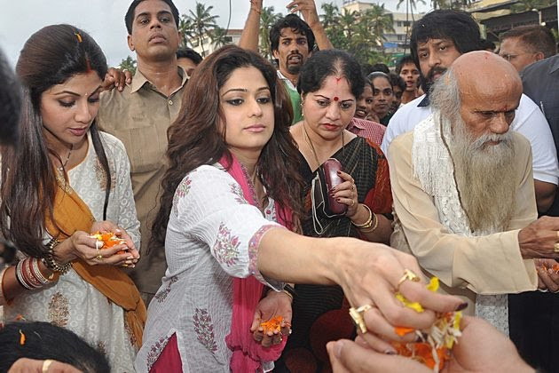 Bollywood stars taking part in the Ganpati festivities, September 2010