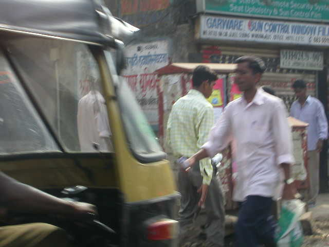 Mumbai Metro Guide -- Business Capital of India