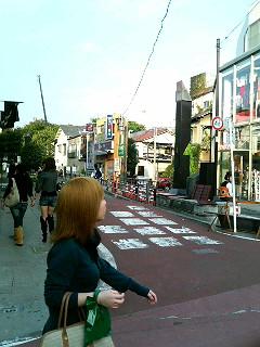 Two girls holding hands, Harajuku, Tokyo, 2006