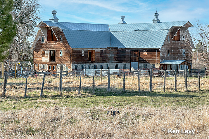 Wilson Dairy barn photo