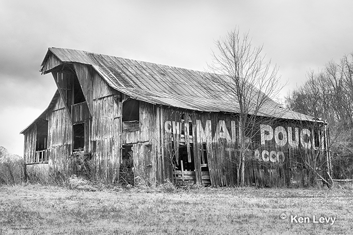 Mail Pouch Barn photo