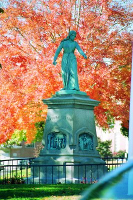 Statue of Hannah Duston, Haverhill, MA