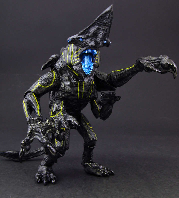 This entry was posted in custom movie figures by Alan Glasgow    Pacific Rim Kaiju Knifehead