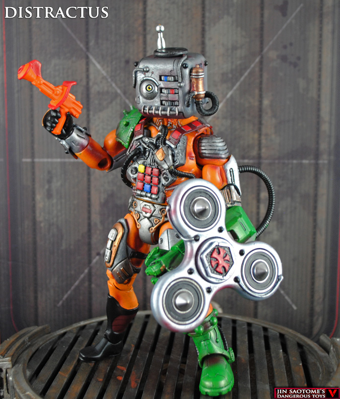 MotUC DISTRACTUS with Figit Spinner shield and Figit Cube head
