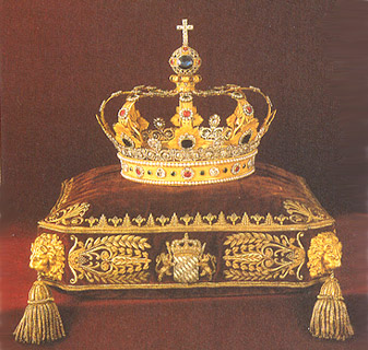 Courtly Lives Austrian And Bavarian Crowns