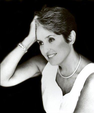 Joan Baez Gay 69