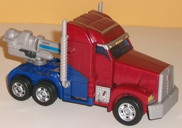 Prime Megatron vs  Optimus Prime (First Edition) Giftset Review