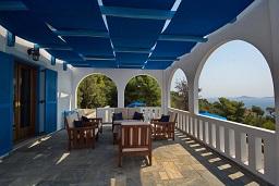 Aegean Blue Villa Patitírion beach Alonissos in Greece