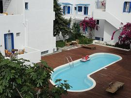 Apollon Hotel in Milos, Greece