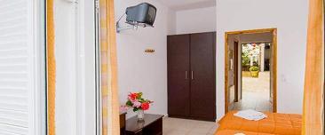 Corfu Hotels, Konstantina Apartments
