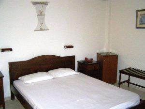 Serifos Hotel Maistrali