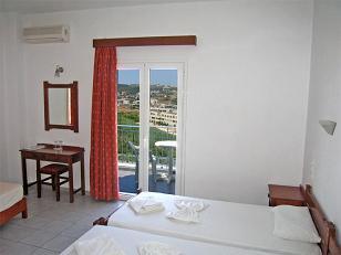 Renieris Hotel Kato Stalos, Agia Marina, crete, Kreta.