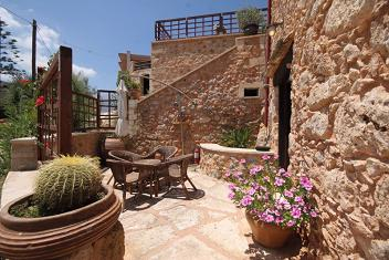 Samonas Traditional Settlement on Crete - One Bedroom Villa Diktamos, Crete.