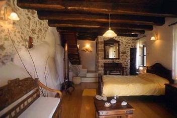 Samonas Traditional Settlement on Crete - One Bedroom Villa Diktamos, Crete.