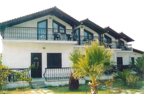 Thassos, Sirines Studios And Apartments, Dassilio Prinos.