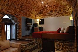 Chios Hotels, Medieval Castle in Mesta