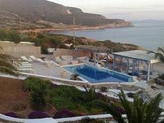 Antiparos, Dolphin Apartments, the new pool