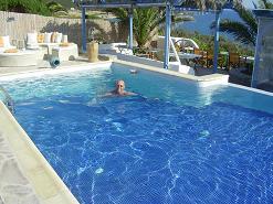 Dolphin Apartments in Antiparos