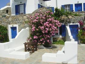 Villa Konstantin in Mykonos town, our studio
