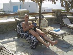 Villa Konstantin in Mykonos town, at the pool