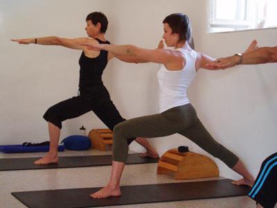 Paros, Yoga in Alyki