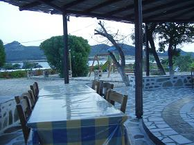 Zombos Taverna in Agios Georgios, Antiparos