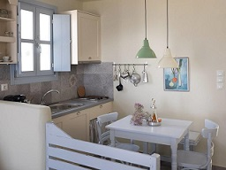 Donoussa, Makares Apartments