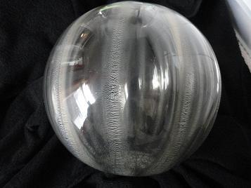 Grote helderglazen craquelé bolvaas, ontwerp A.D.Copier 1934, uitvoering Leerdam