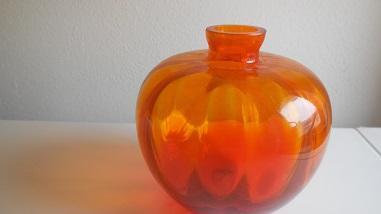 Copier oranje Beatrixvaasje uit 1938