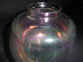 gesigneerde Lanooy vaas met goudluster 1920