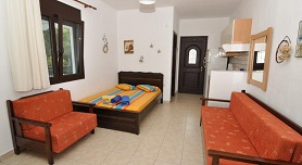 Vrahos House Apartments, Livari beach in Vourvourou, Halkidiki