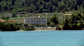 Vourvourou Hotel, Vourvourou beach in Vourvourou, Halkidiki