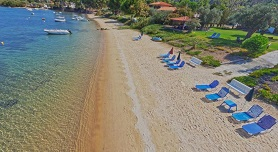 Anna Karra Studios & Apartments, Vourvourou beach in Vourvourou, Halkidiki