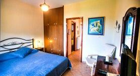 Anna Karra Studios & Apartments, Vourvourou beach in Vourvourou, Halkidiki