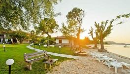 Zinozis Beach Apartments, Vourvourou beach in Vourvourou, Halkidiki