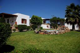 Garden Apartments in Antiparos