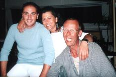 Stella, Nikos and Methismennos.