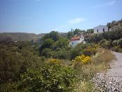 Een kerk in een dorpje bij Agios Georgios.
