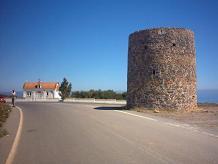 een oude windmolen :)...