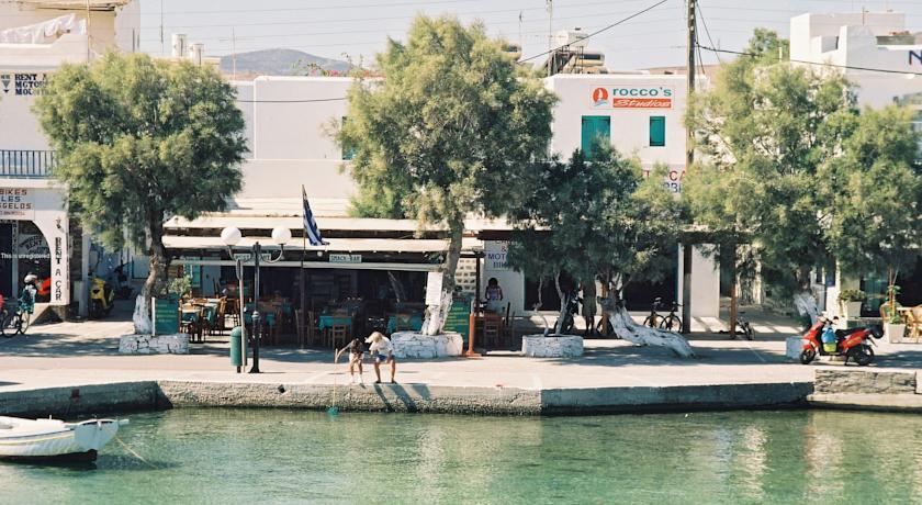 Rocco's Studios in Antiparos